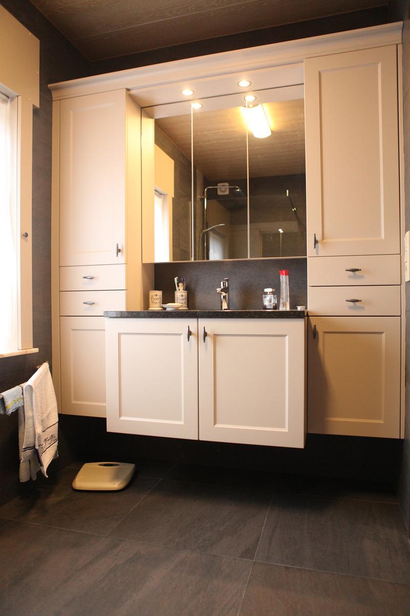 Totaalinrichting badkamers Nieuwerkerken | Doorement Johan & Zn bvba